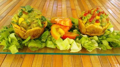 Plantain Tartlets Stuffed With Guacamole [Vegan]