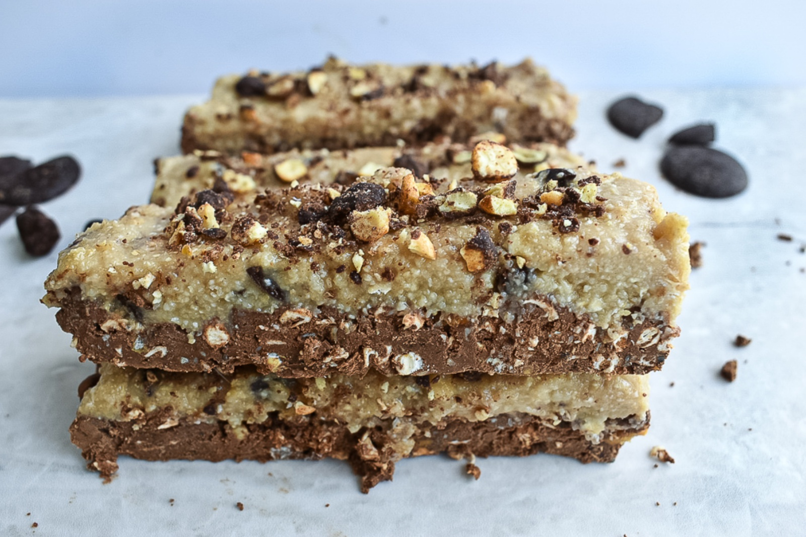 cookie dough chocolate crunch protein bars