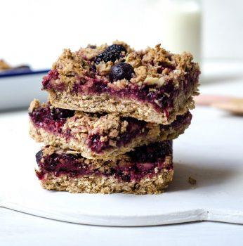 vegan oat and berry jam slice