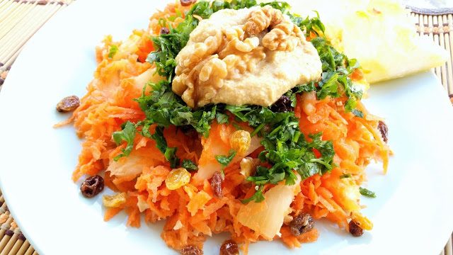 Carrot and Pineapple Salad With Curry Sauce