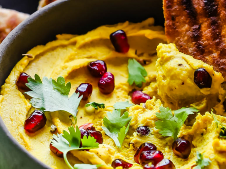 Curry lentil hummus