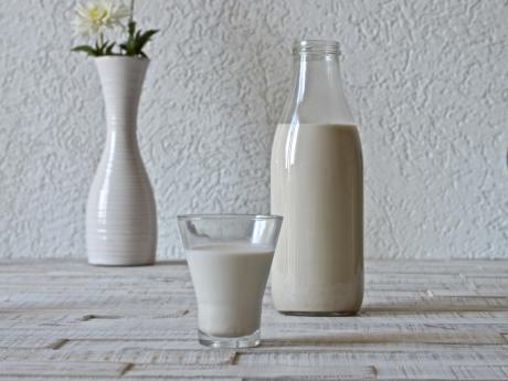 Homemade vegan almond milk