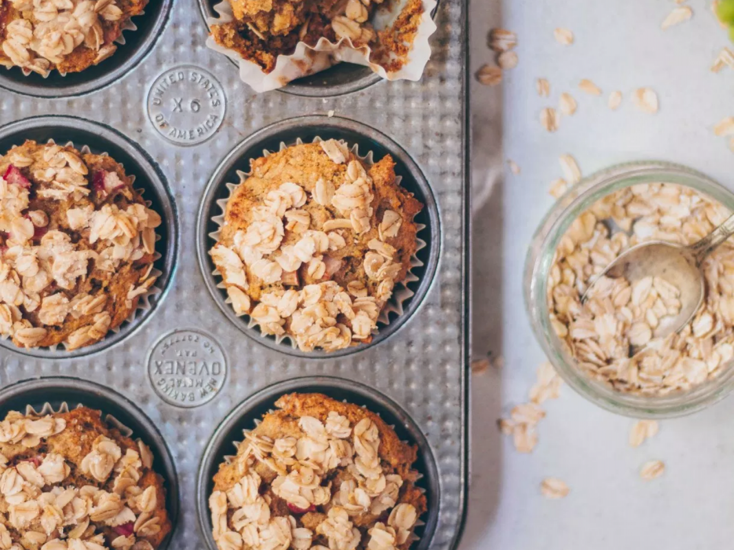 Vegan Healthy Rhubarb Muffins