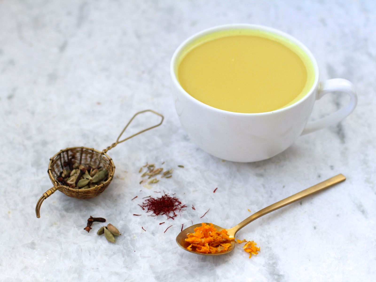Vegan Creamy Saffron and Fennel Tea Latte