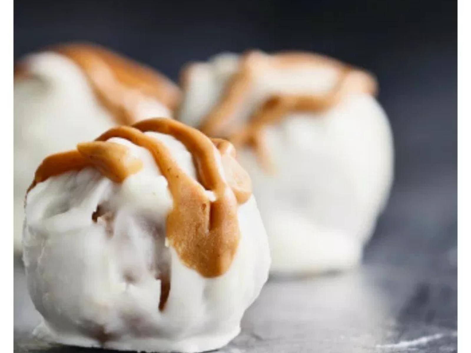 Vegan Snickerdoodle Cookie Pops