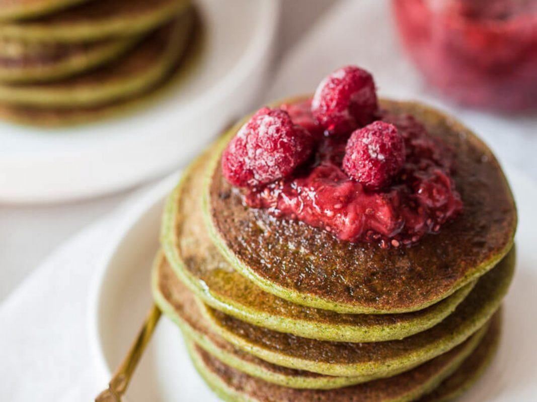 Vitamin A-rich spinach pancakes