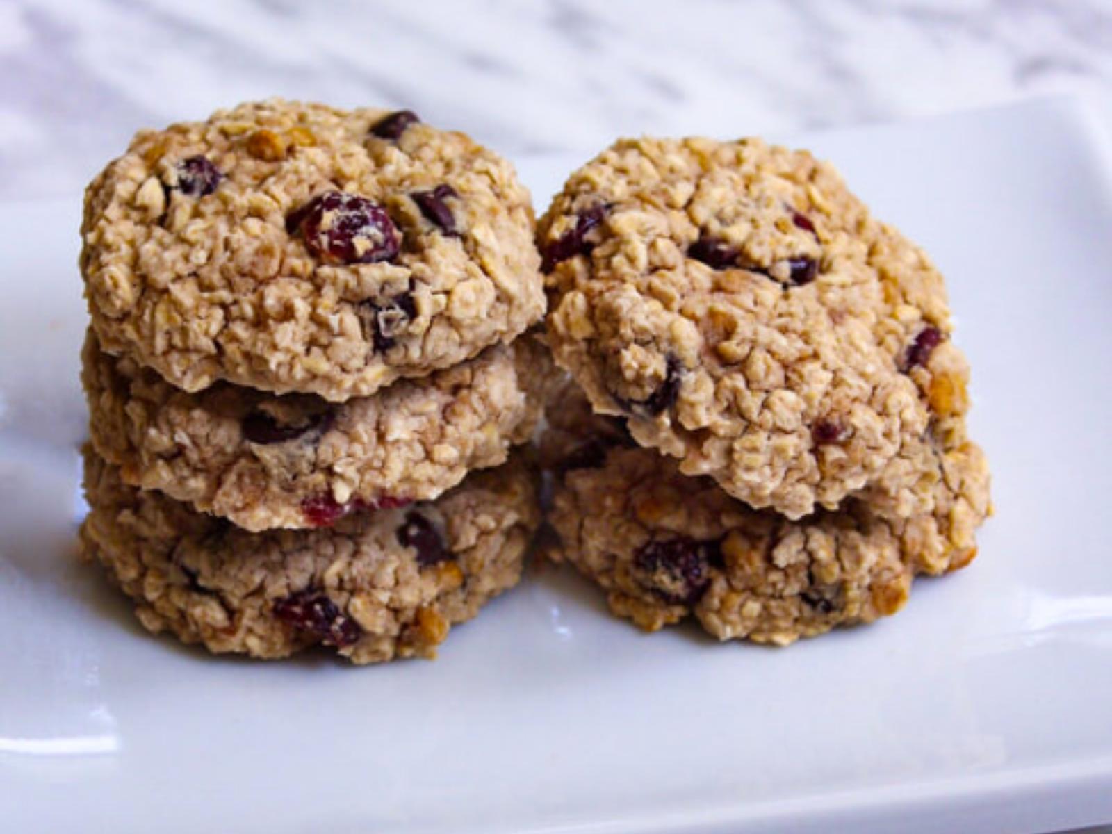 Vegan white bean trail mix cookies