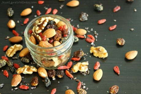 Superfood-Packed Trail Mix, Easy vegan snack