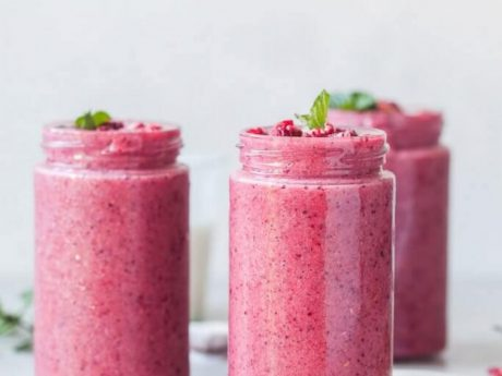 Vegan Probiotic Berry Smoothie