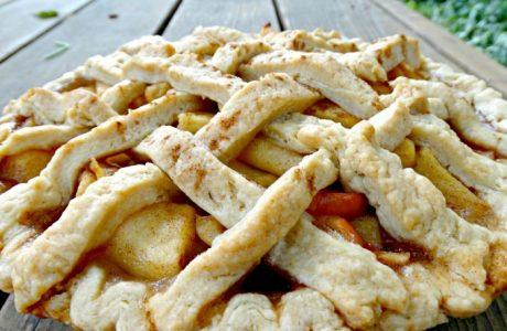 Vegan simple apple pie