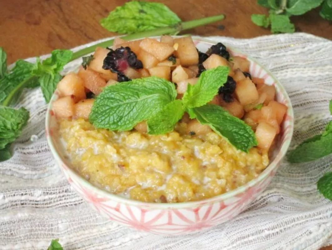 Vegan Cantaloupe Date Oatmeal with Mint-Melon Relish
