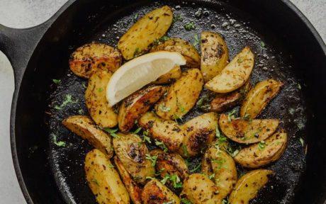 cast iron roasted potato wedges