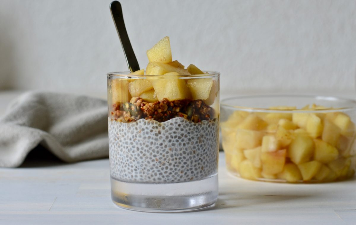 Vegan Apple Chia Puddings With Homemade Apple Compote
