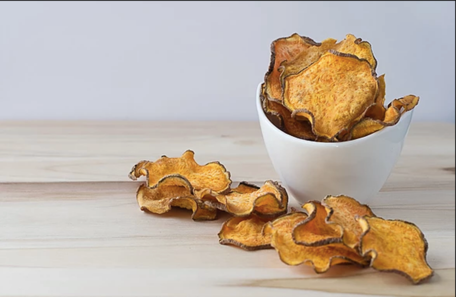 Vegan Baked & Crispy Sweet Potato Chips