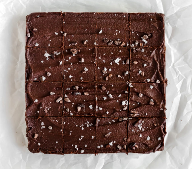 vegan gluten-free paleo refined sugar-free healthy no-bake brownies