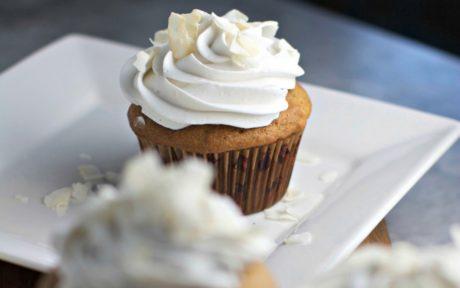 vanilla cupcake with vanilla cream frosting