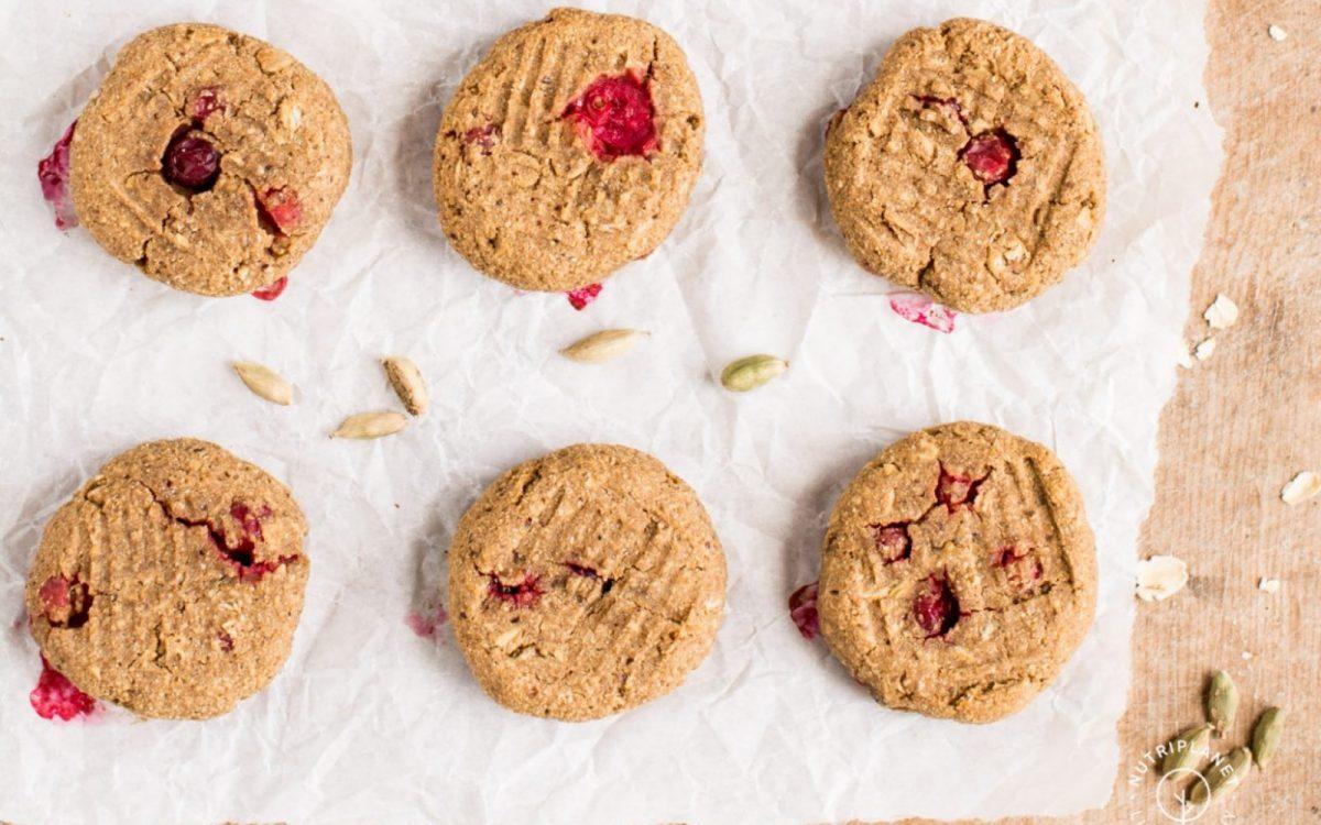 Vegan Cardamom Cookies With Cranberries