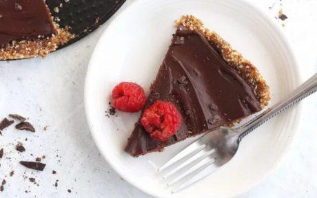 fudge tart with raspberries