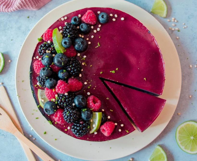 easy vegan berry cheesecake