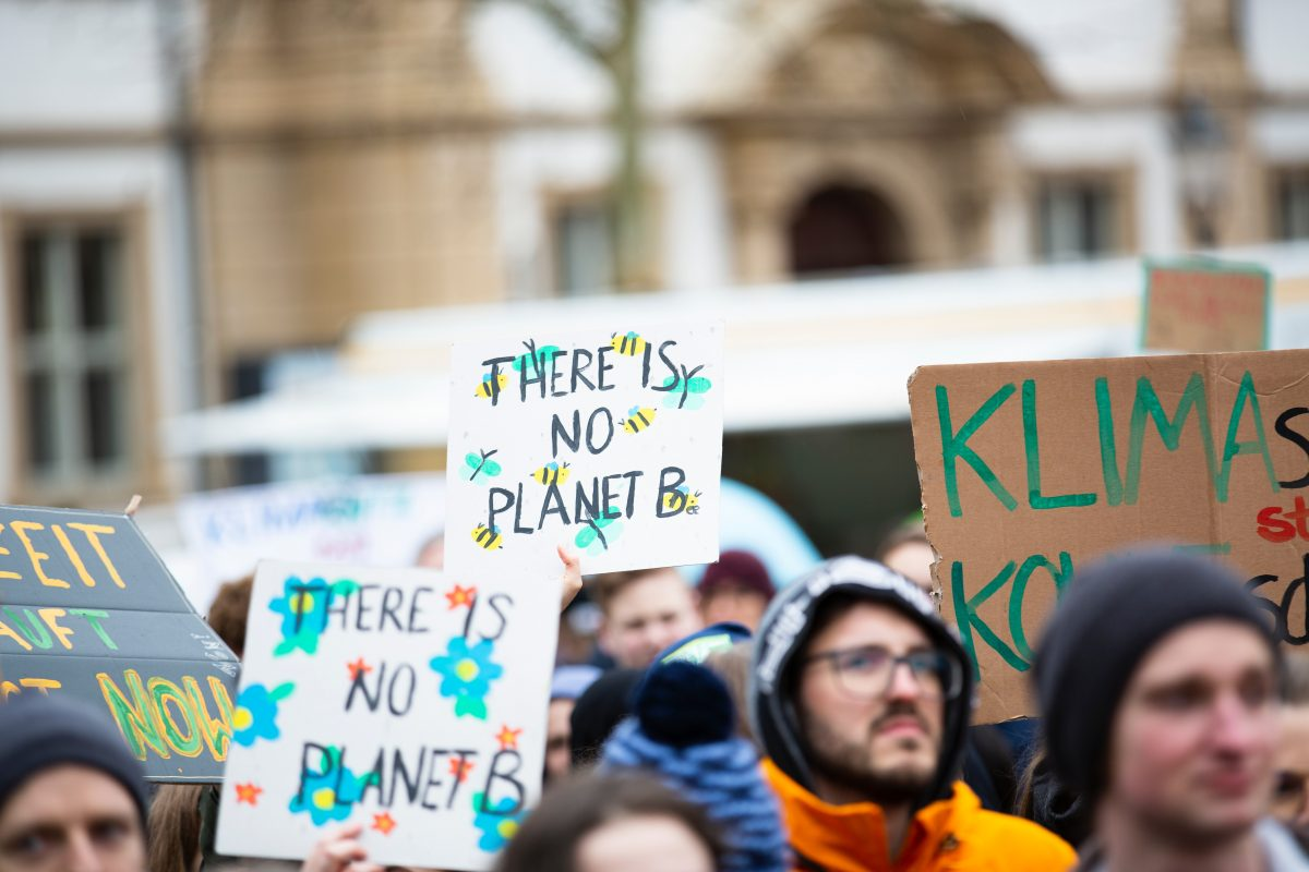 Canadian Teens' Pledge Not to Have Kids to Protest Climate Change