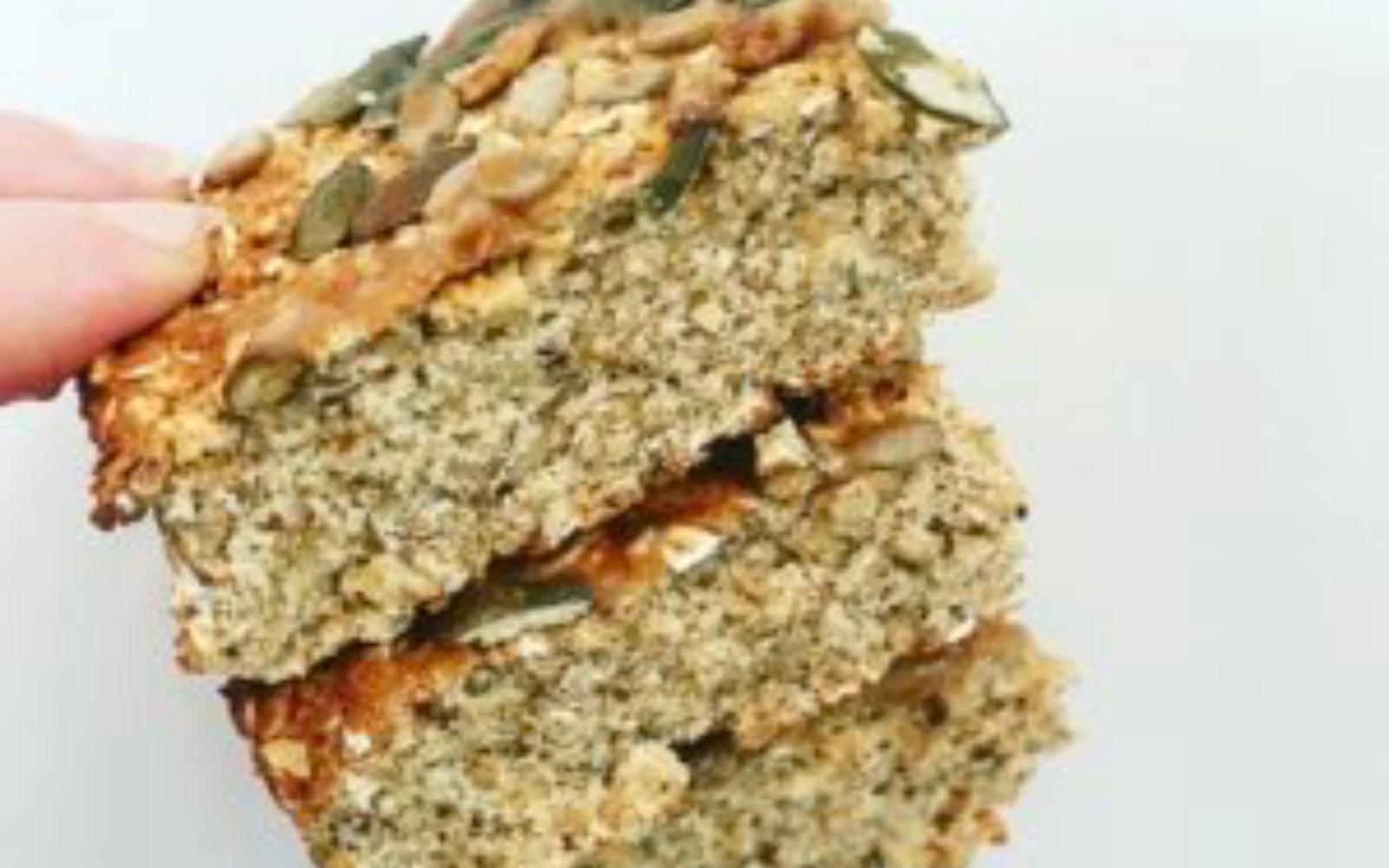 salted caramel breakfast oat bars