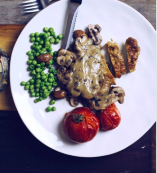 vegan seitan steak with peppercorn sauce