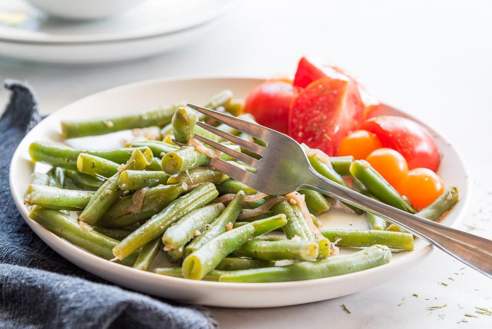 vegan dilly green bean saute