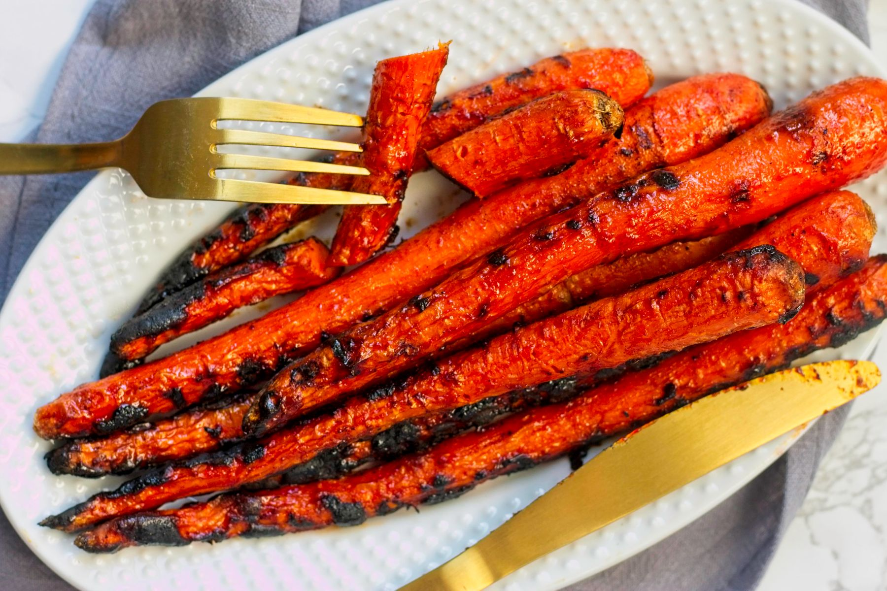 15 Charred Vegetable Recipes to Make on the Grill for Father's Day!
