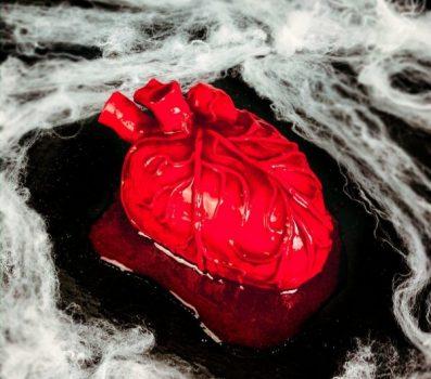 vegan heart cake