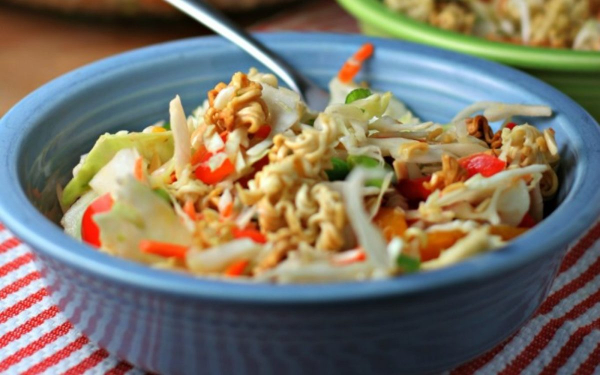 Crunchy Asian Cabbage Salad Vegan One Green Planet