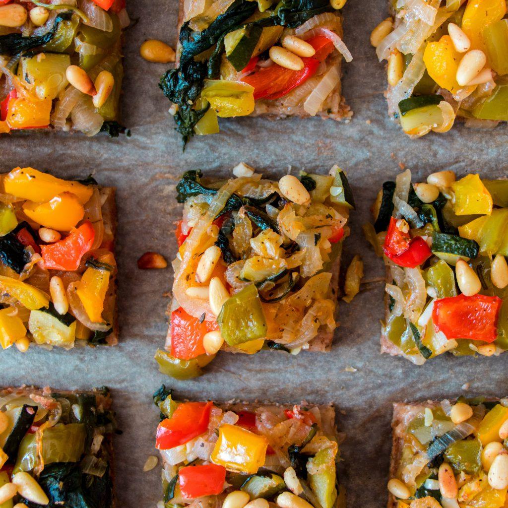 vegan vegetable flatbread tarte