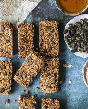 seeds and grains muesli bars healthy breakfast