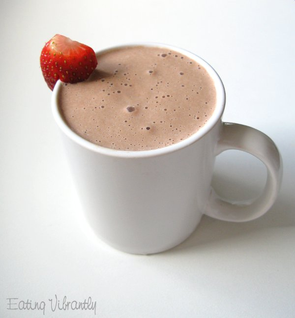 Raw hot chocolate with a strawberry