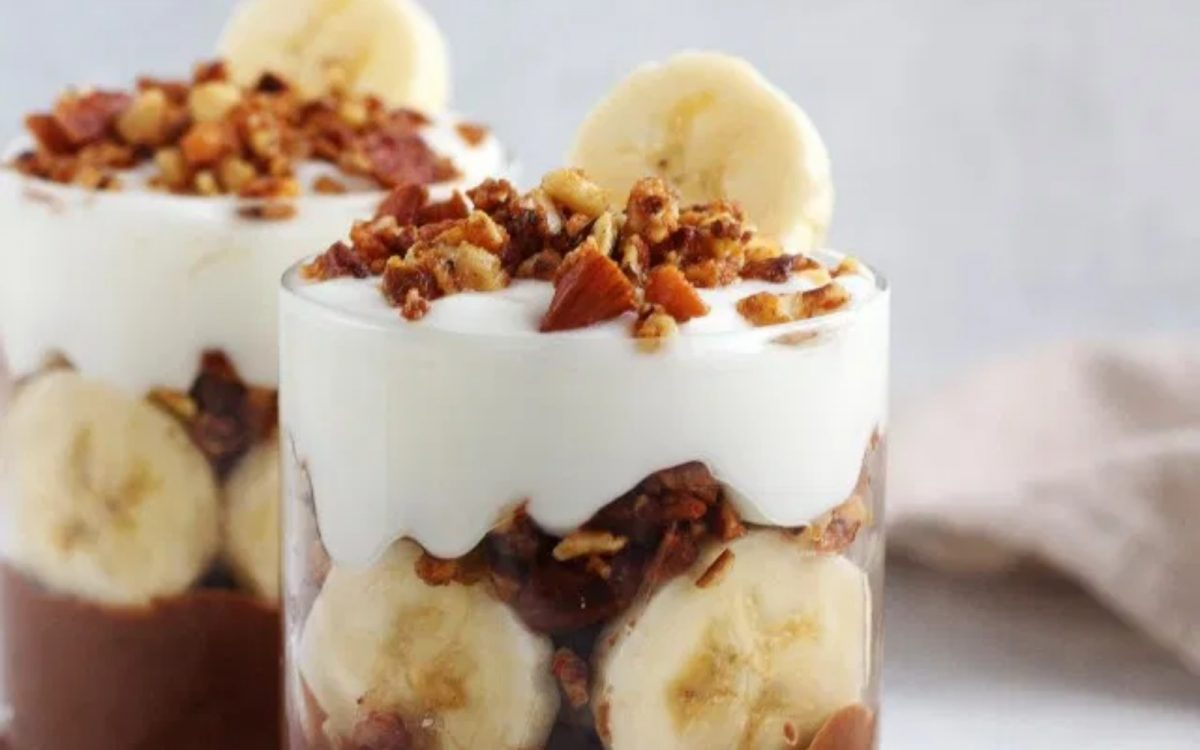 Vegan Healthy Chunky Monkey Pudding Parfait