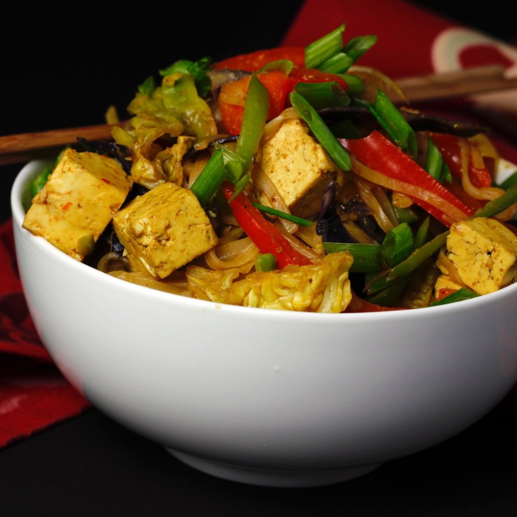Vegan Spicy Curried Singapore Noodles
