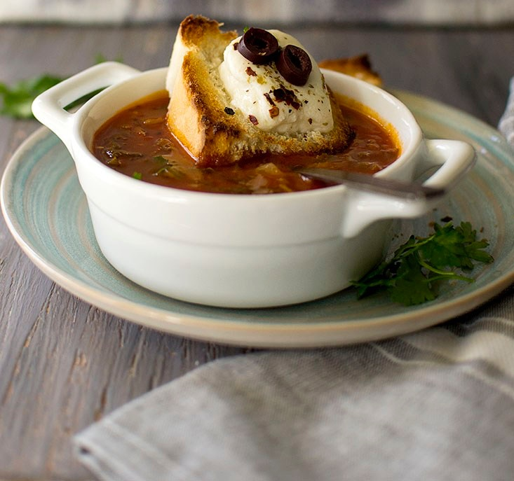 Vegan Pizza Soup with Cheese Croutons