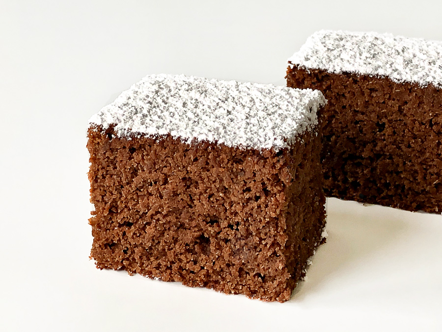 Vegan Lebkuchen: Gingerbread Cake