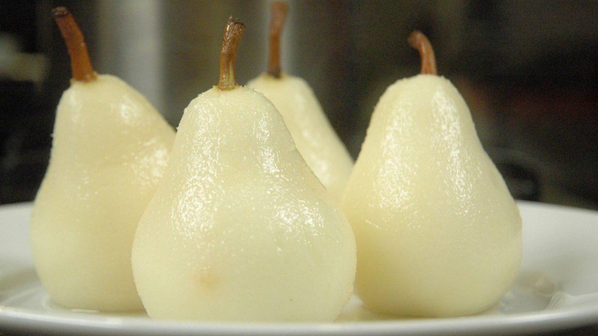 Vegan Jasmine Poached Pears vegan pear dessert