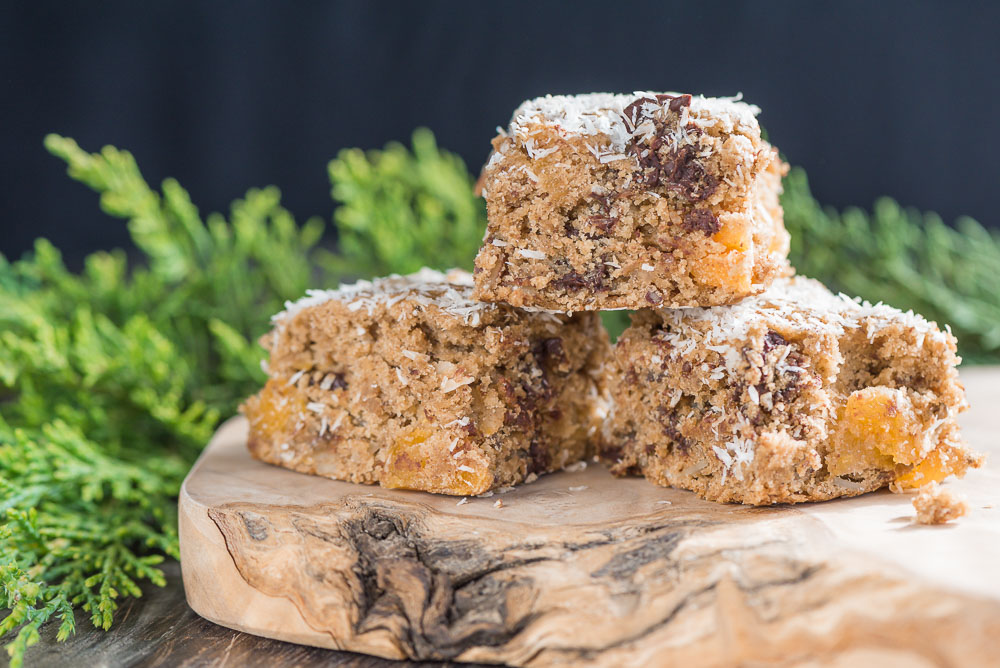 Apricot, Almond, and Dark Chocolate Cookie Bars