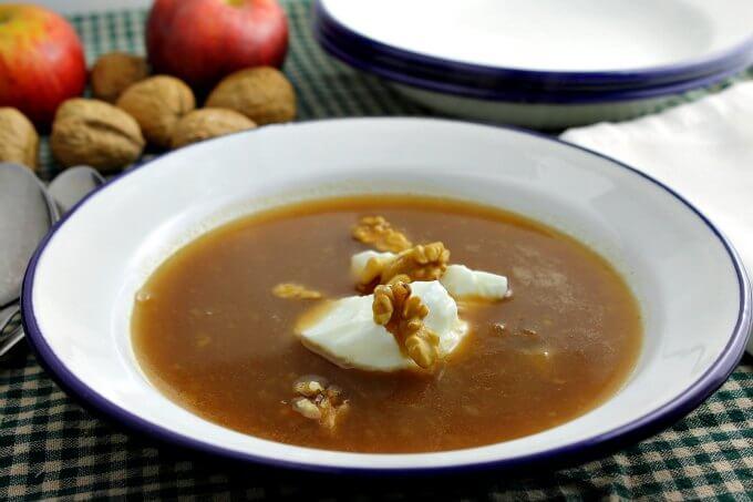 Apple Soup Vegan