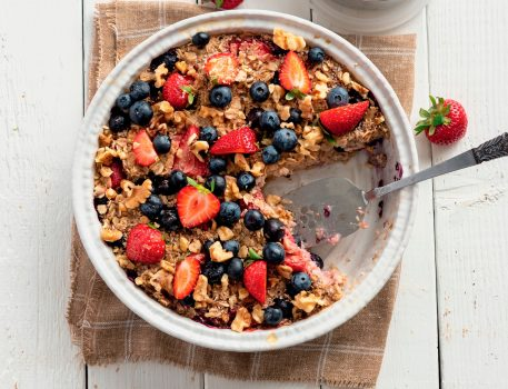 Vegan Berry Baked Oatmeal