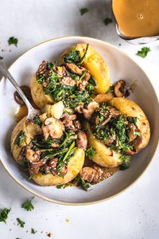 vegan Baked Potatoes With Mushroom and Spinach
