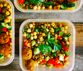 High-protein chickpea and lentil salad