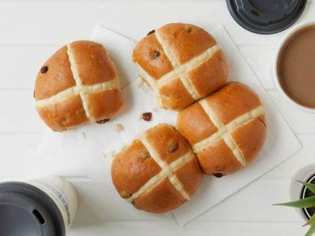Greggs vegan hot cross buns