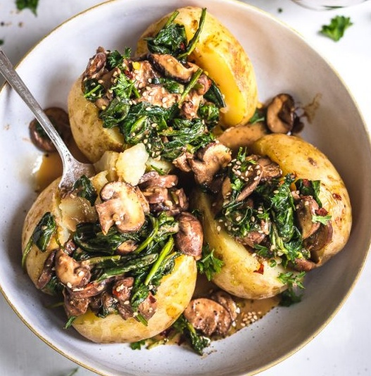 Vegan Baked Potatoes With Mushroom and Spinach viral recipe