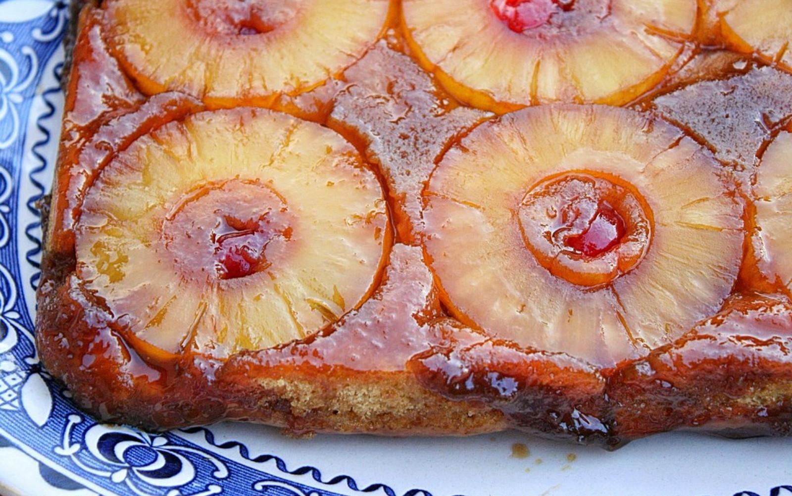Vintage Pineapple Upside-Down Cake