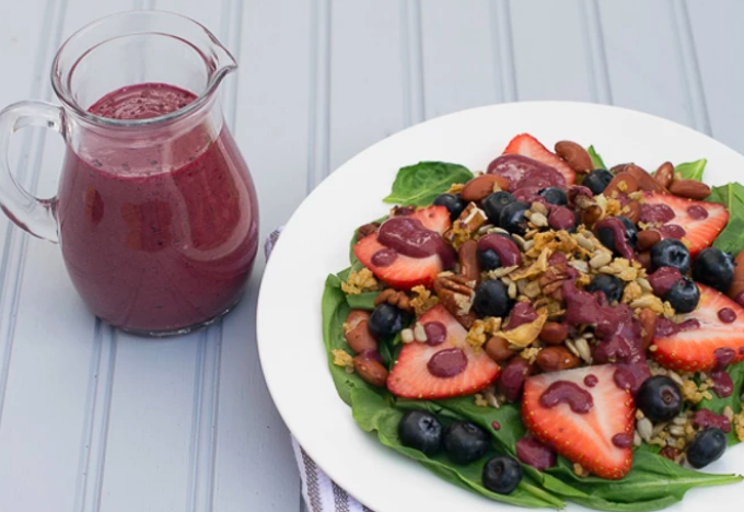 Vegan Berry Spinach Salad With Blueberry Pomegranate Dressing