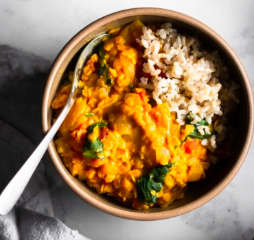 ROASTED CAULIFLOWER LENTIL CURRY
