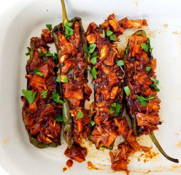 BBQ Jackfruit-Stuffed Anaheim Peppers