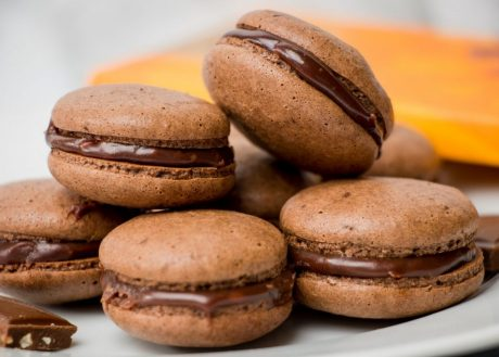 macarons, chocolate, vegan, vegan recipe, vegan dessert, delicious, tasty, orange